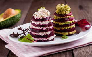 Какие оригинальные салаты приготовить на Новый год